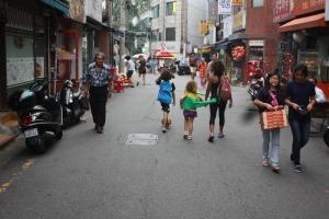 A walk home in Seoul